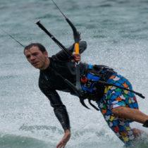 Periodistas británicos buscan la oferta de kitesurf en Huelva