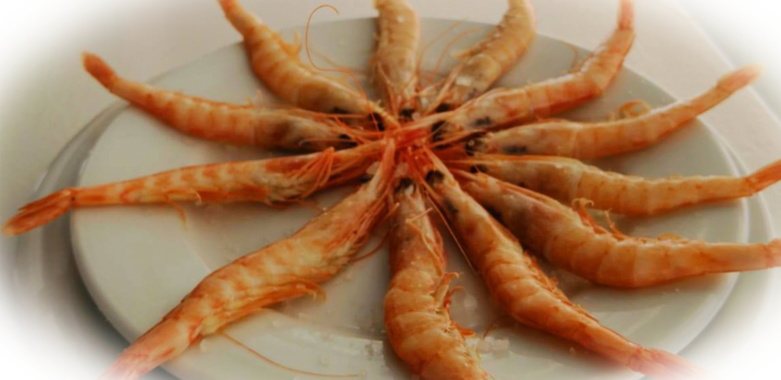 Los 5 mejores chiringuitos de Huelva para cenar y ver el atardecer en la playa 🌅🍽